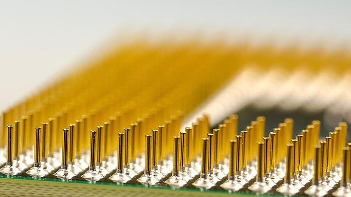 electronic component distributor